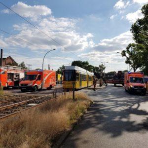 Ermittlungen gegen Feuerwehr: bei Rettungsarbeiten tödlich verletzt